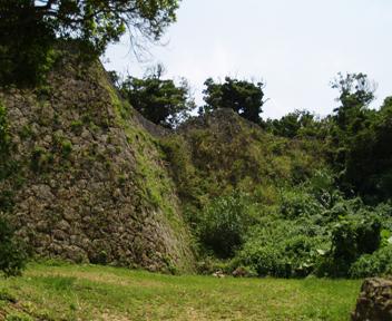 北側の城壁。