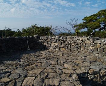 平郎門東側に登ったところ。